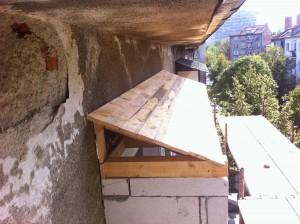 Дървен покрив на тераса