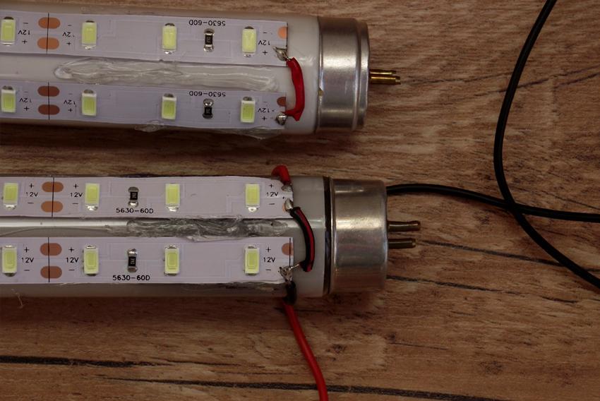 Мостове на LED ленти със захранващ кабел