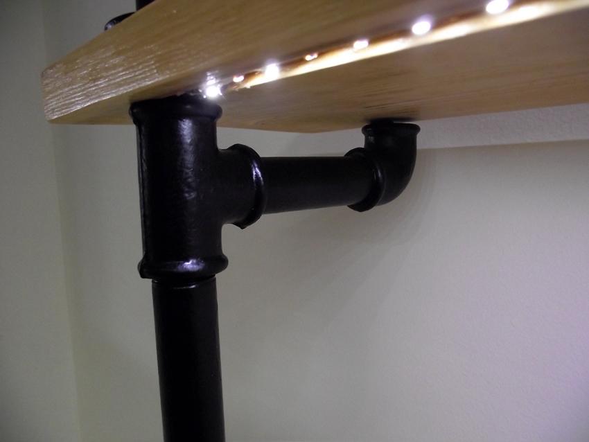 Захаранващ кабел на светодиодно осветление